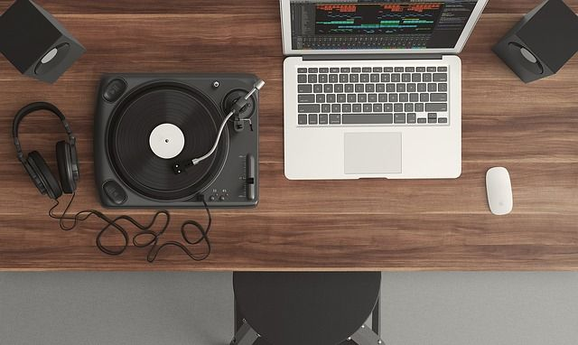 turntable record player DJ setup